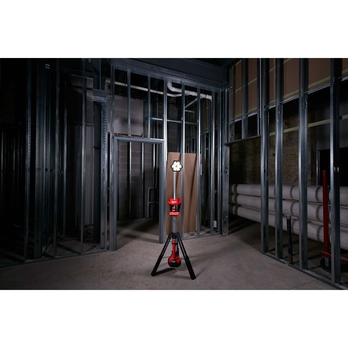 "M18â""¢ ROCKETâ""¢ LED Tower Light"